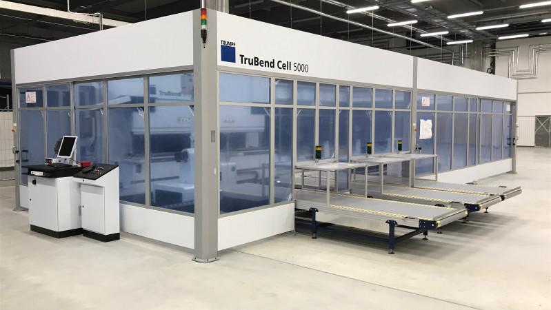 Nová Role - aktuálně instalujeme novou robotickou buňku TruBend Cell 5000.