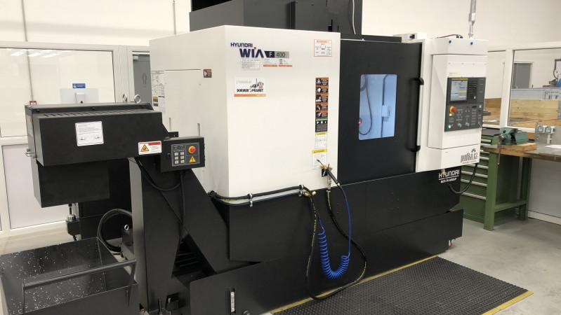 Eröffnung einer CNC-Maschinen Werkstatt und Produktionsstart von Hyundai F400